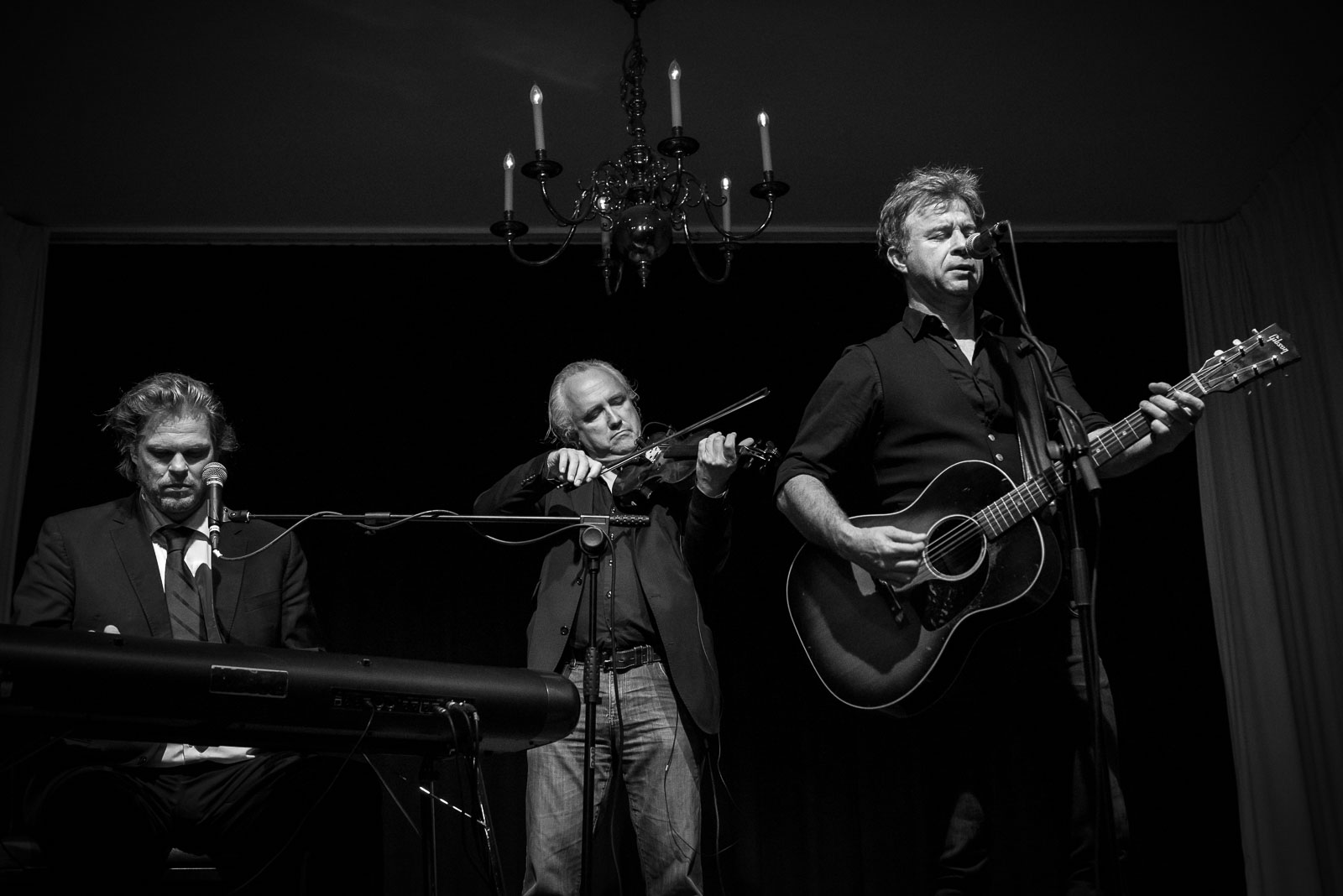 JW Roy en Roel Spanjers Parelsessies Concertfoto met Joost van Es
