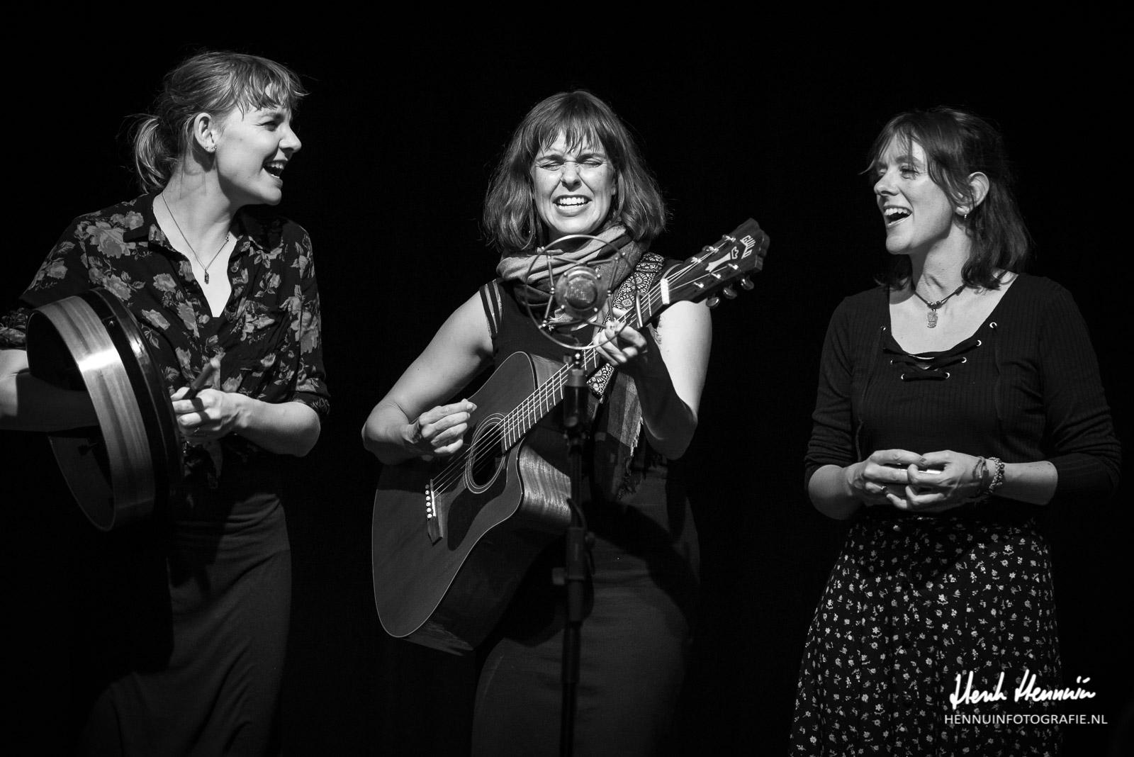 The Lasses & Kathryn Claire | Concertfoto