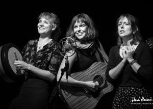 The Lasses & Kathryn Claire | Concertfoto Parel van Zuilen