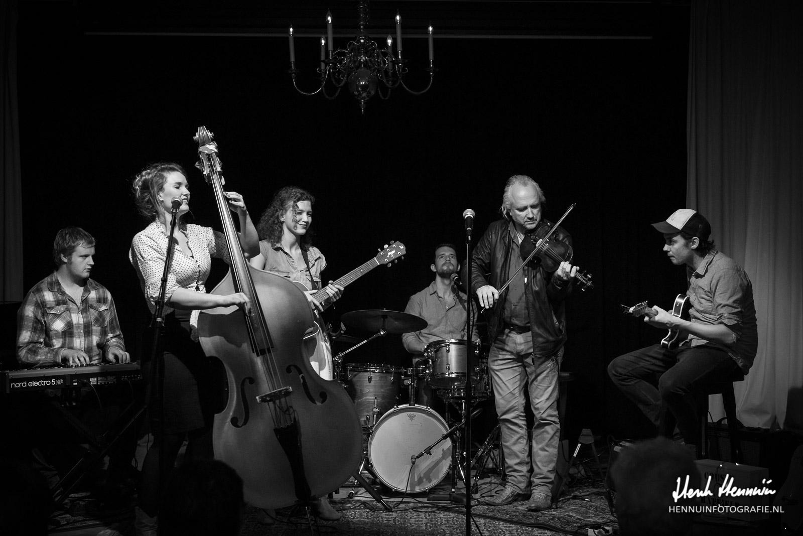 Cousin Hatfield Concertfoto gast optreden Joost van Es